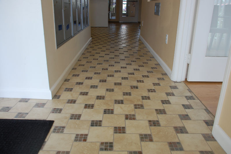 Los Vecinos - Patterned tile floor