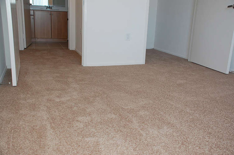 SoCal Flooring and Carpet - Carpeting installation